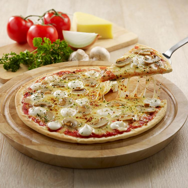 """""""9.5"""""""" Super Thin Crust Funghi Pizza (Frozen)"""